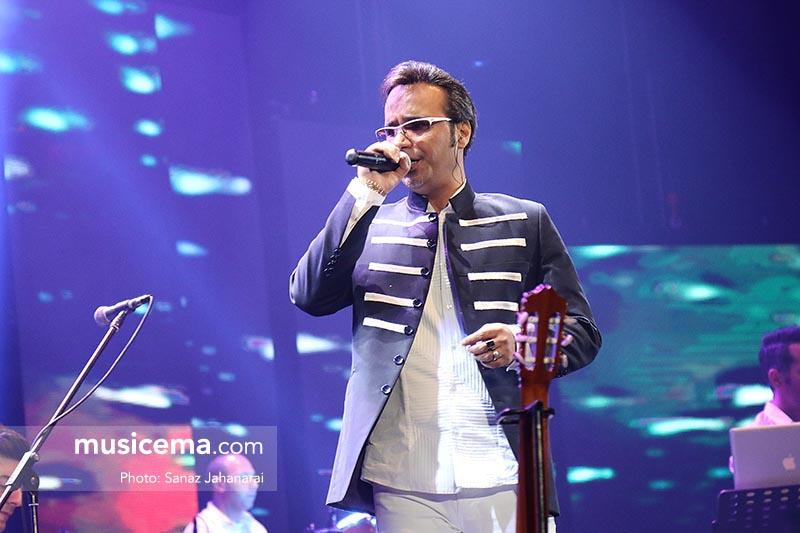 اجرای کنسرت شهرام شکوهی