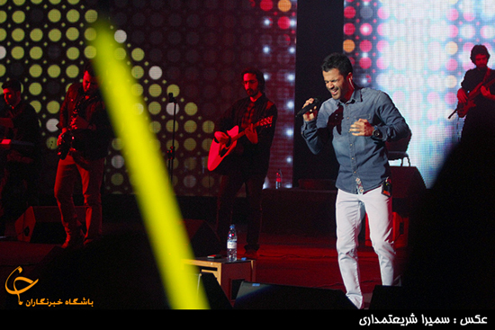 اجرای کنسرت سیروان خسروی